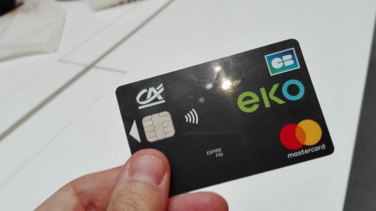 Crédit Agricole va lancer son offre mobile EKO pour faire face à l'arrivée d'Orange Bank sur le marché