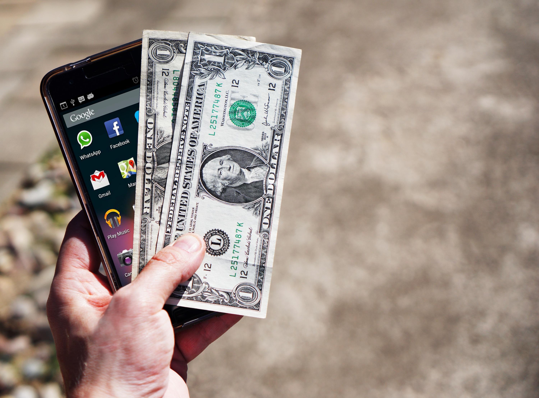 3 raisons d'économiser avec la banque en ligne